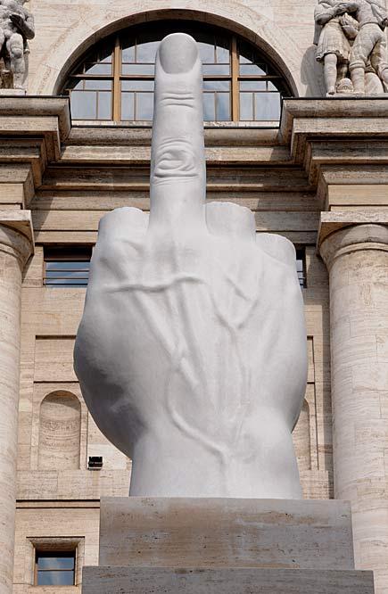 "Maurizio Cattelan, ""L.O.V.E."", 2010 (Milano, Piazza Affari)"
